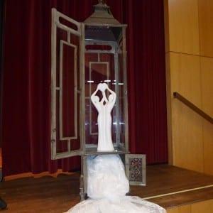 Servus Hochzeitsband Impressionen - Bühnendeko Skulptur