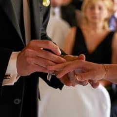 Servus Hochzeitsband Impressionen - Ring anstecken