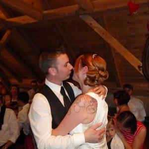 Servus Hochzeitsband Impressionen - glückliches Brautpaar