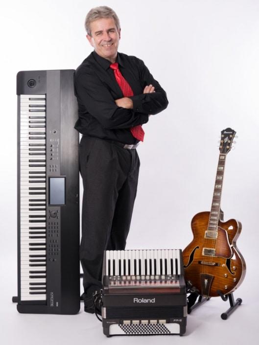 Servus Partyband - Stefan Keyboard, Gitarre, Akkordeon